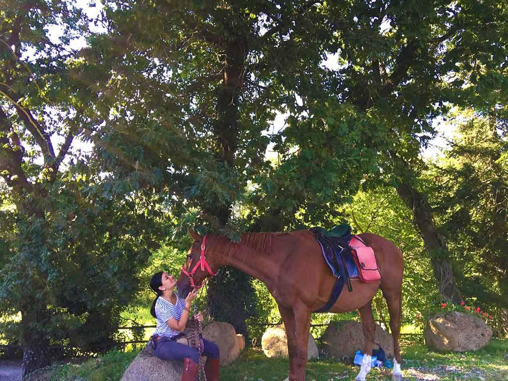 foto trekking a cavallo
